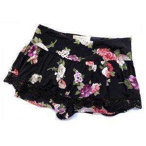 Band of Gypsies • XS • Shorts w/Skirt Overlay